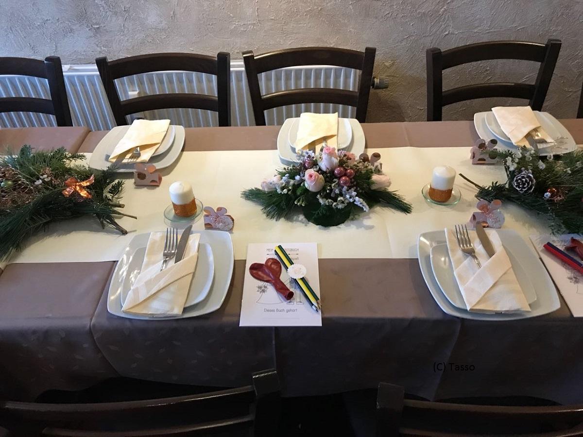 Hochzeiten und Geburtstage beim Griechen
